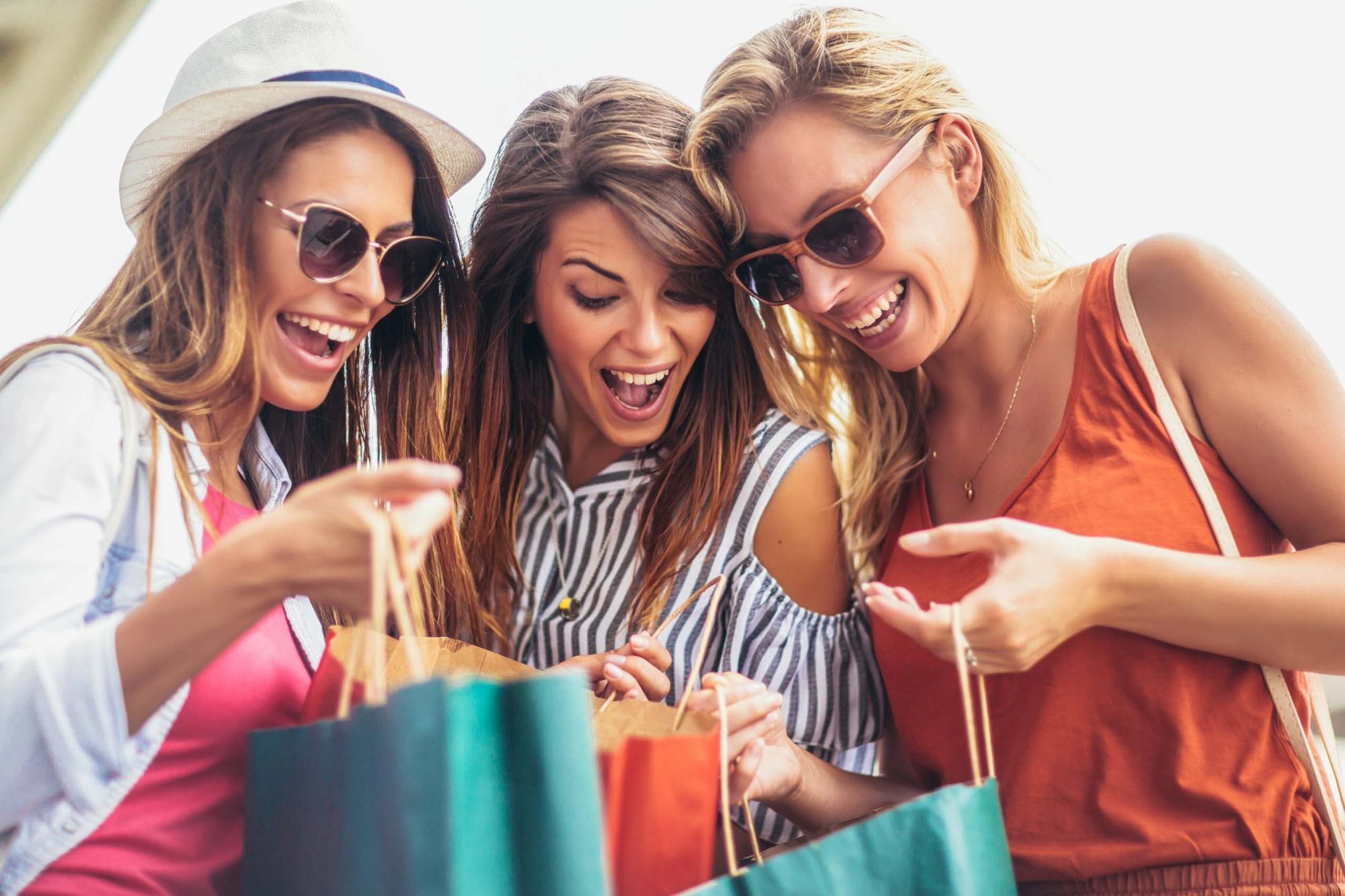 surf-regency-attractions-surfers-paradise-shopping